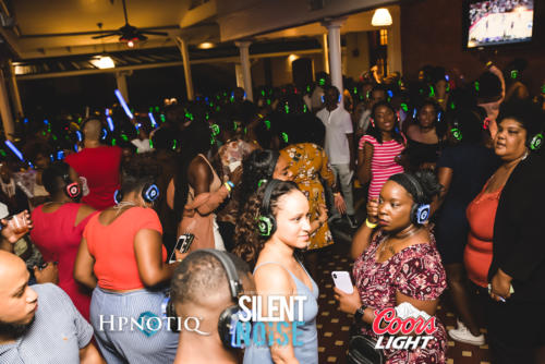 Silent Noise Silent Headphone Party   Sponsored by Hpnotiq